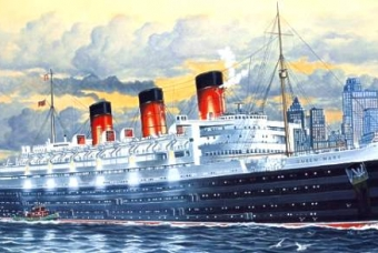 Queen Mary Luxury Liner - Revell